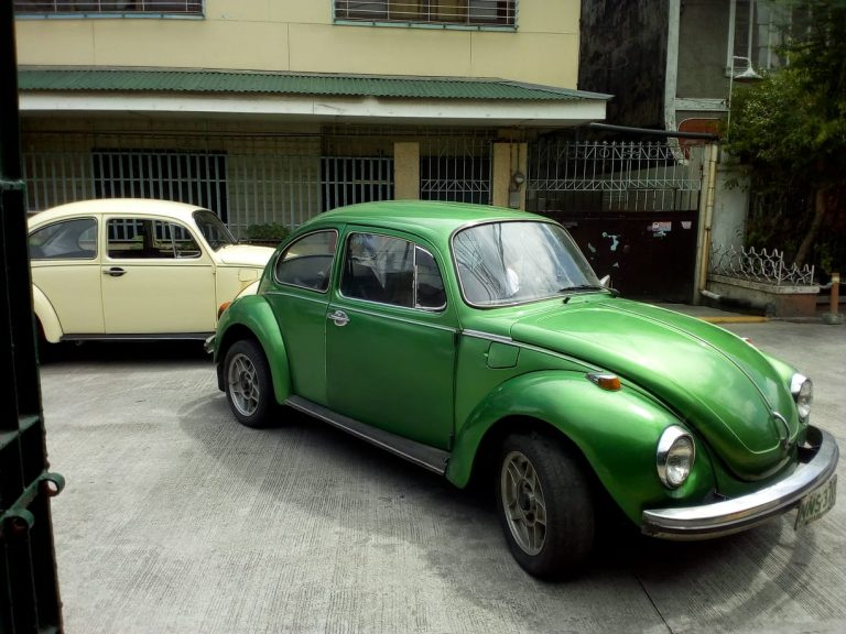 We started the green 1974 1303 S, drove it out of the garage,…